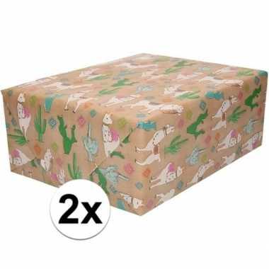 Feestwinkel | 2x bruin cadeaupapier alpaca print 70 x 200 cm morgen a