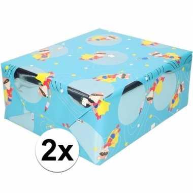 Feestwinkel | 2x cadeaupapier blauw met vos met masker 200 cm morgen