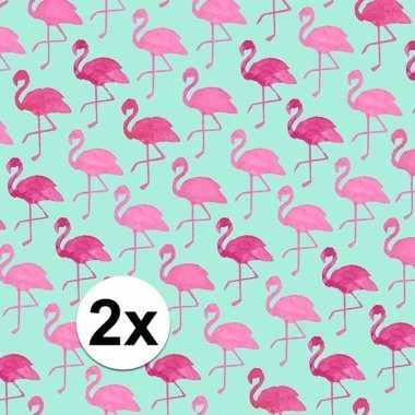 Feestwinkel   2x gekleurd cadeaupapier met flamingos 70 x 200 cm type