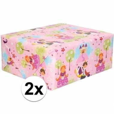 Feestwinkel | 2x rol kinder inpakpapier met prinsessen print 200 x 70