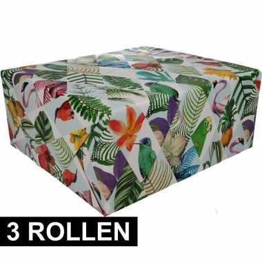 Feestwinkel | 3x gekleurd cadeaupapier met papegaaien print 70 x 200