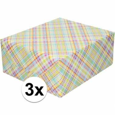 Feestwinkel | 3x gekleurd cadeaupapier met ruitjes 70 x 200 cm morgen