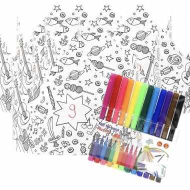 Feestwinkel   5x kroontjes om in te kleuren met stiften voor kinderen