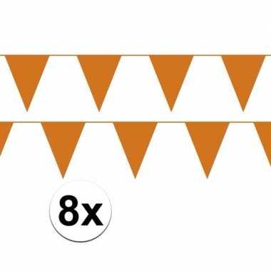 8x oranje plastic slingers 80 meter
