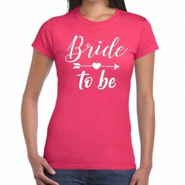 Feestwinkel | bride to be fun t-shirt roze voor dames morgen amsterda