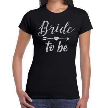 Feestwinkel   bride to be zilveren letters fun t-shirt zwart voor dam