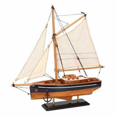 Feestwinkel | decoratie zeilboot houtkleur met blauw 23 cm morgen ams