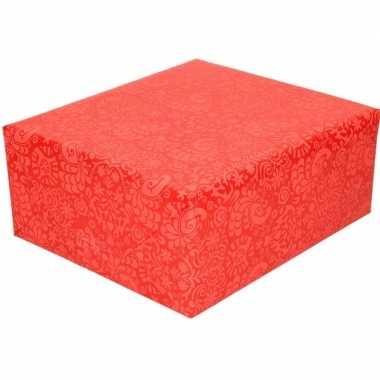 Feestwinkel | gekleurd cadeaupapier met licht rood motief 70 x 200 cm