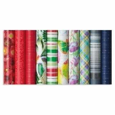 Gekleurd cadeaupapier met strepen 70 x 200 cm