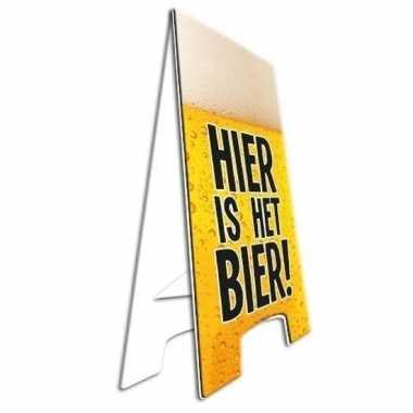 Feestwinkel   hier is het bier aankondiging bord morgen amsterdam