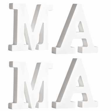 Houten deco hobby letters 4x losse witte letters om het woord mama te maken