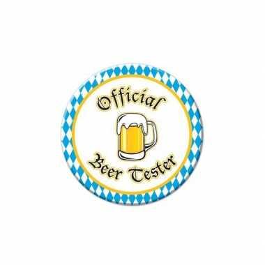 Oktoberfest buttons beer tester