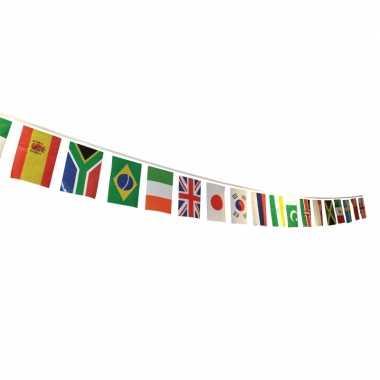 Feestwinkel | vlaggenlijn multi nation vlaggen morgen amsterdam