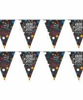2x geslaagd afgestudeerd puntvlaggenlijn slinger krijtbord hashtags 10 meter feestversiering