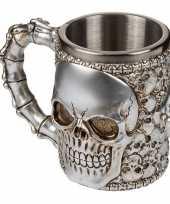 Drink beker met doodshoofden