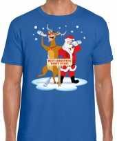 Foute kerstmis shirt blauw met een dronken kerstman en rudolf voor heren