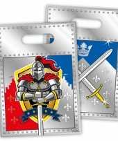 Thema ridder feestzakjes