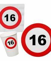 Verjaardag feestartikelen tafel dekken set 16 jaar verkeersbord 10266963